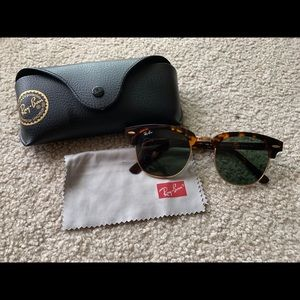Ray-Ban Tortoise Clubmaster Rb3016